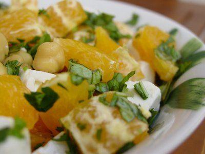 Ensalada de garbanzon con naranja