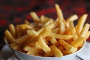 """Patatas """"Fritas"""" al horno"""