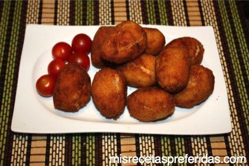 croquetas de huevo de codorniz con bechamel