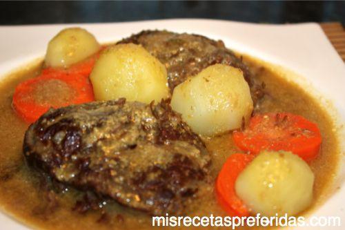 carrilleras en salsa de almendra