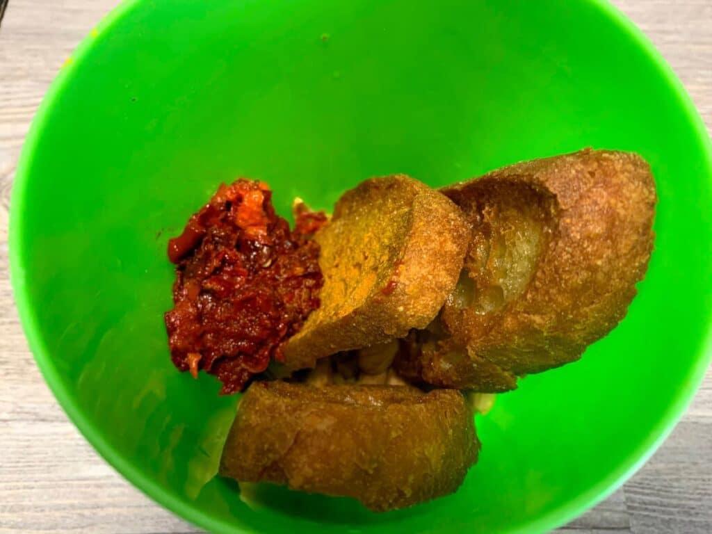 ingredientes salsa - Habichuelas esparragadas con huevo