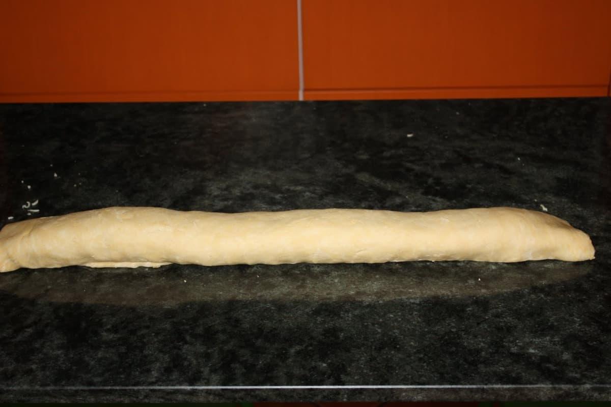 Pan relleno liado