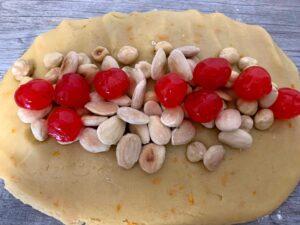 masa carquiñoles con cerezas y frutos secos