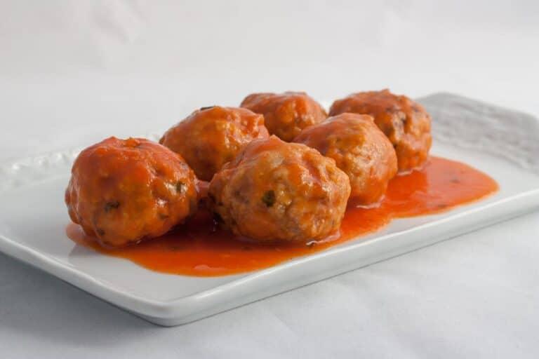 Albondigas de ternera con tomate