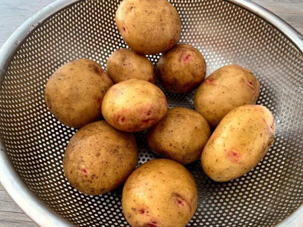 lavar patatas